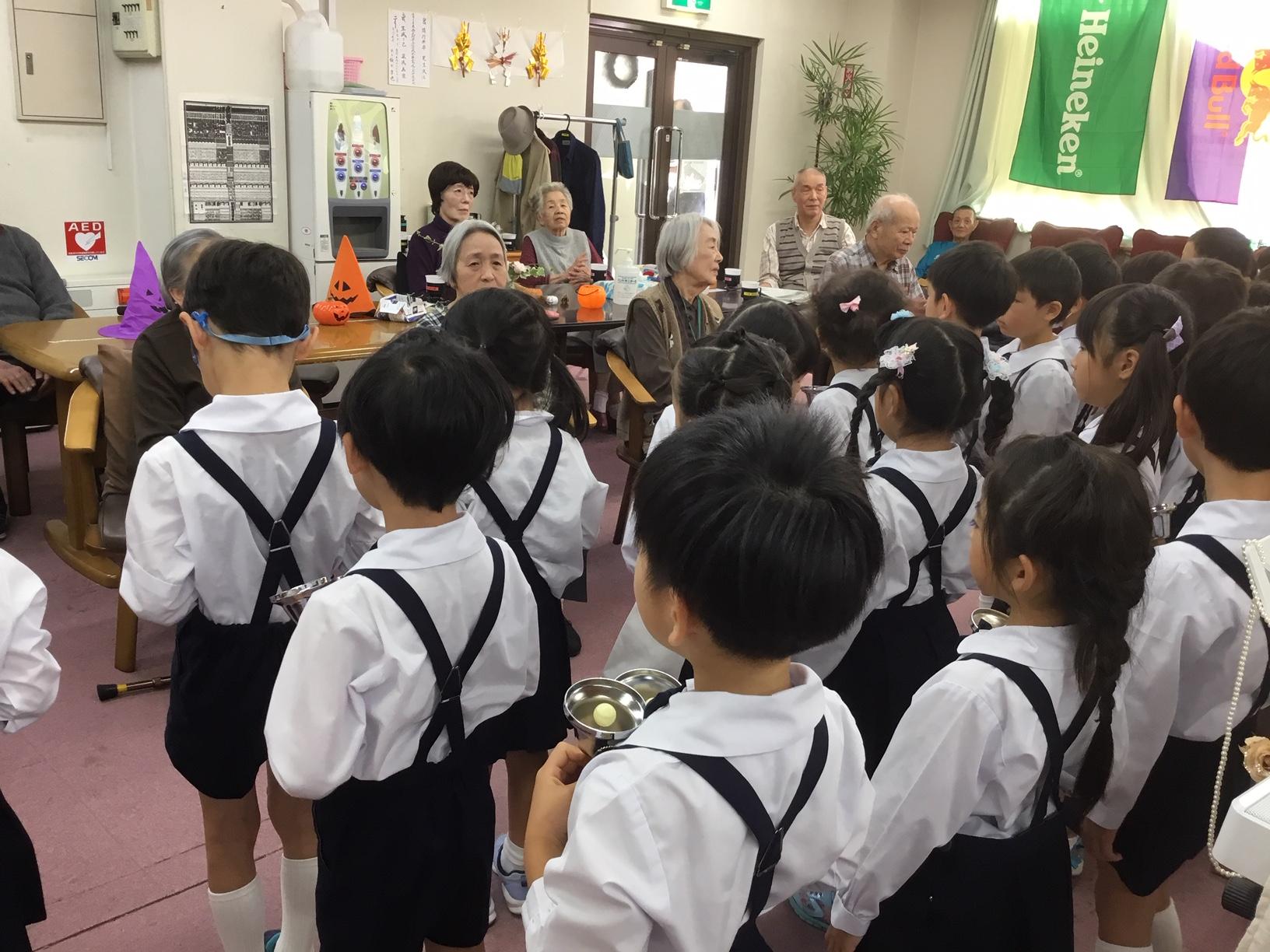 ウルスラ 幼稚園 聖心